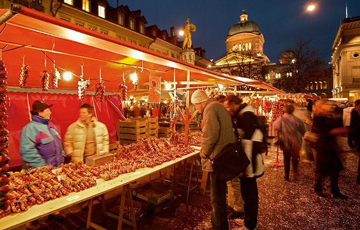 Zibelemärit (Zwiebelmarkt) in Bern