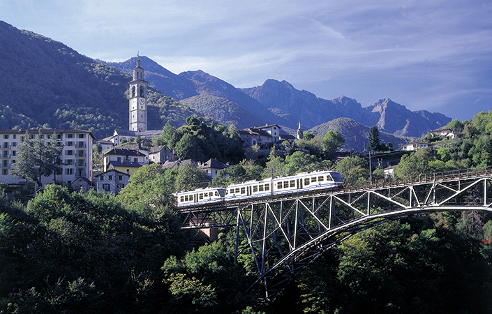 Mit der Centovalli-Bahn ins Tal der hundert Täler